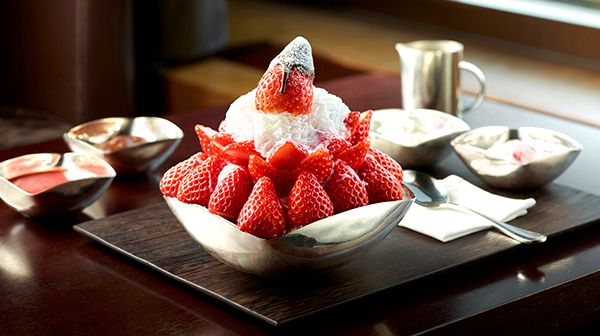 Snowy Strawberry Bingsu